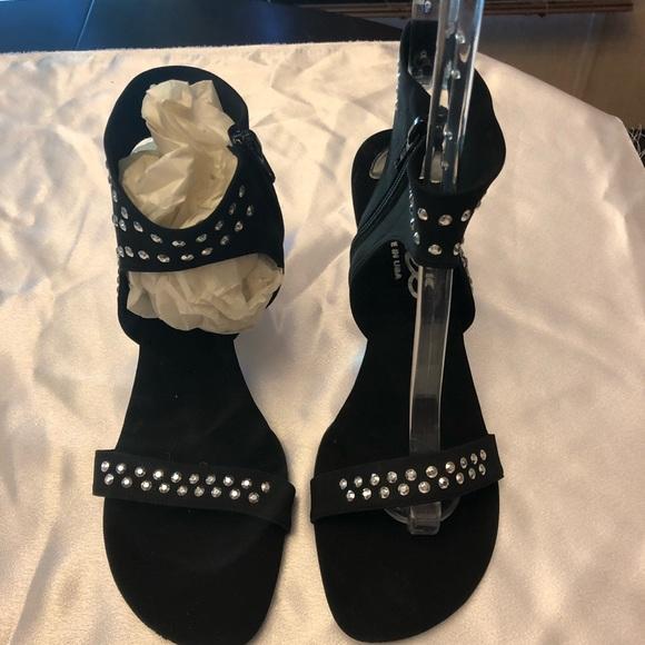 0cf276ff7047bc Black heels by Onex. M 5ad64d148af1c513621d6a1a